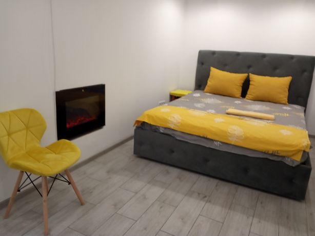 Посуточно  Квартира почасово Куліша 31 Оперний. Форум. Візовий центр