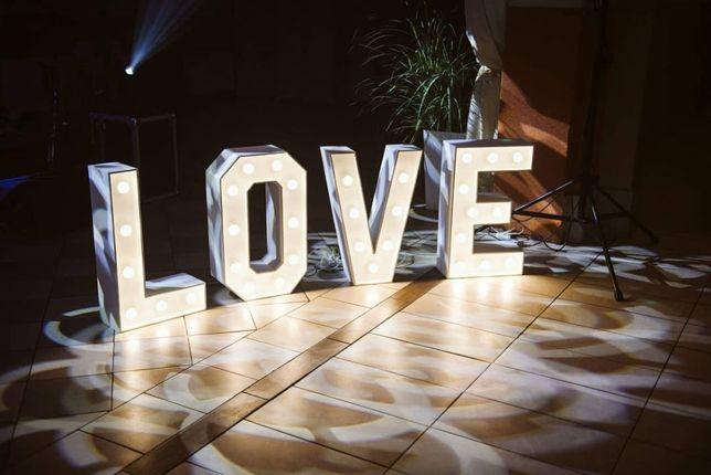 Napisy LOVE MIŁOŚĆ inicjały serce świecące litery Pruszków