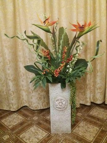 Ваза напольная с цветами