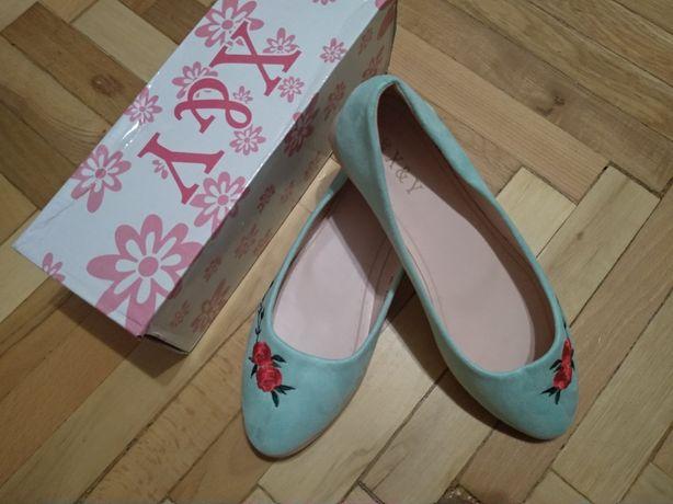 Женские туфли 38 размера