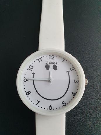 Zegarek biały, damski, nowy, nieużywany