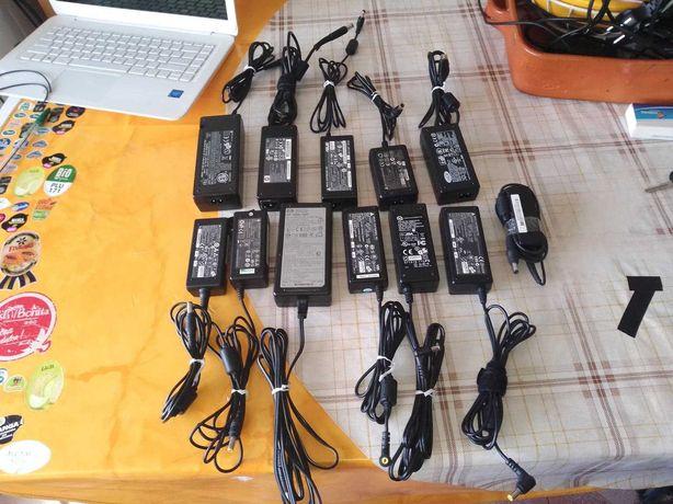 Carregadores para computadores portáteis e outros eletrodomésticos.