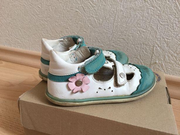 Сандали босоножки Bartek 15,7 см туфли