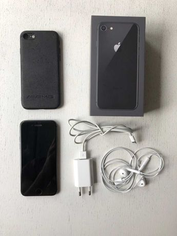 iPhone 8 64GB Bardzo dobry stan