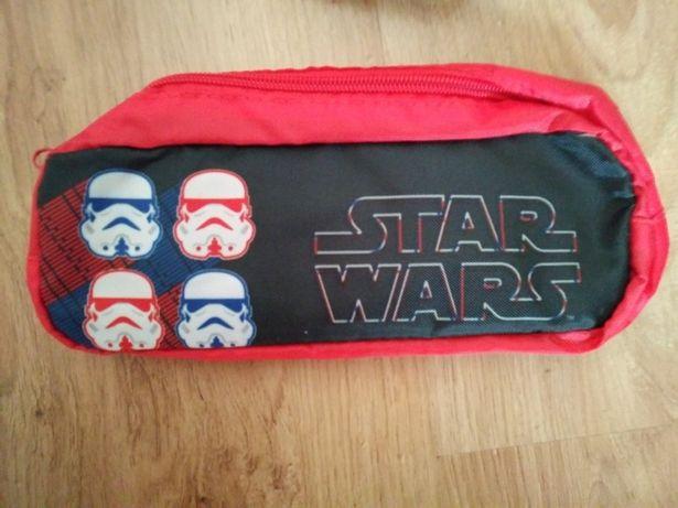 Piórnik Star Wars. Nowy.