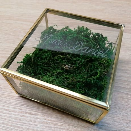 Pudełko szklane złote na obrączki biżuterię organizer