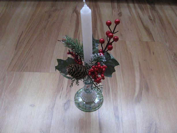 Świecznik na Boże Narodzenie.