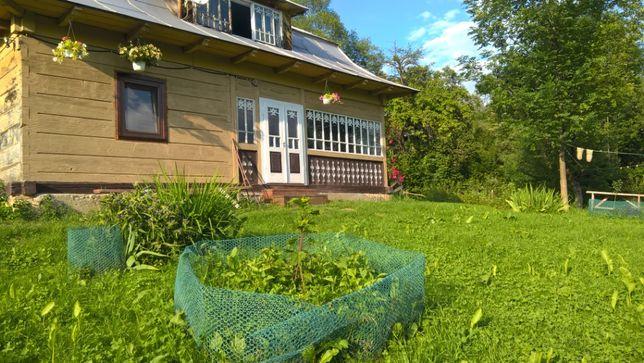 Дерев'яний будинок з ремонтом + земля. Туристичний напрямок!