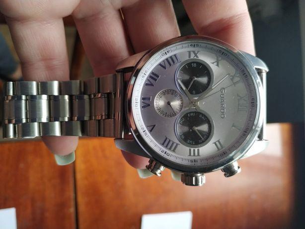 Продам часы, срочно