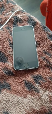 Обмен Iphone se 16gb