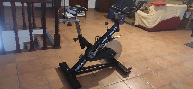 Bicicleta spinning Bodytone DS45