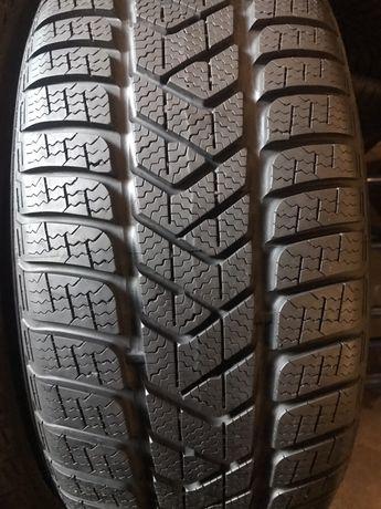 235:55/17 R17 Pirelli SottoZero 3 4шт зима