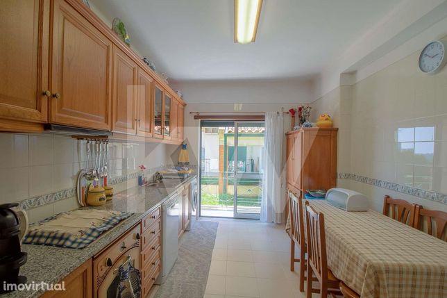 Apartamento T3 com Garagem | 3 Varandas | Aveleira - Coimbra