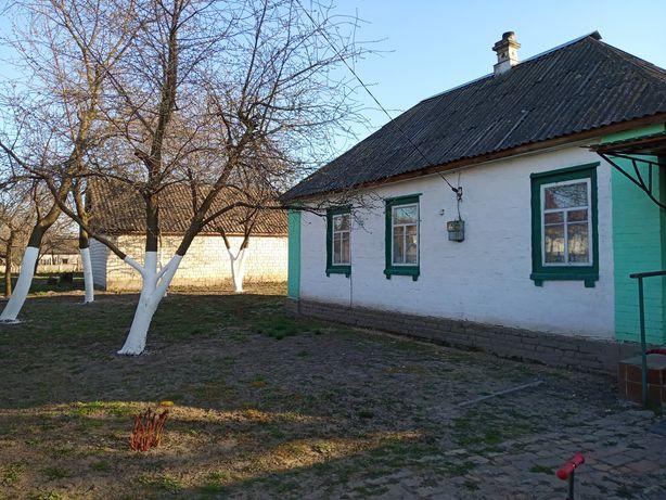 Продам будинок 70км. від Києва