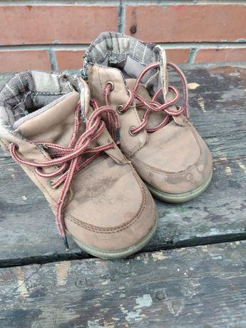 Ботинки детские 25 размер