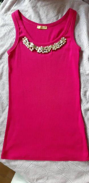 Маечка яркая малиновая розовая с камнями в рубчик
