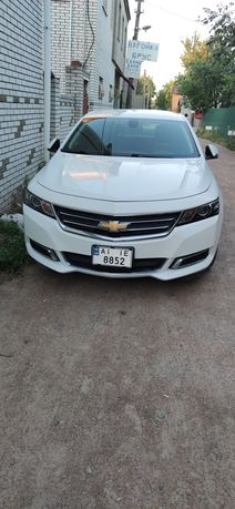 Продам машину Шевроле Импала 2016 года