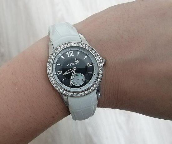 Часы le chic белые кожа перламутр