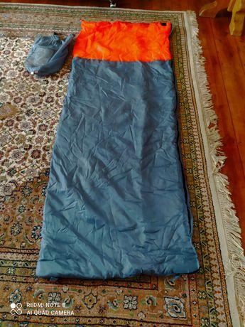 Спальник, спальный мешок, спальний мішок ( Германия )