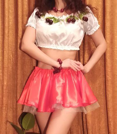 Костюм украинский для танцев, карнавальный костюм