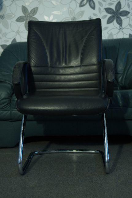 Крісло з натуральної шкіри, марки TopStar. Цвет черный, кожа.