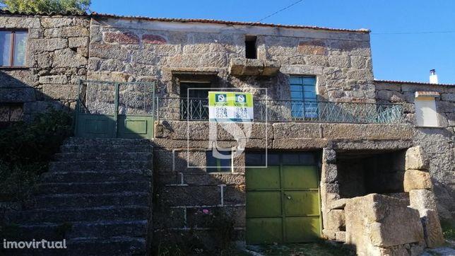 Pequena Moradia, Quinta Cimeira - Maçainhas