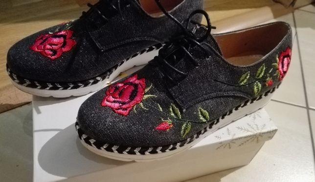 Sprzedam modne trampki haftowane haft w kwiaty roz 37