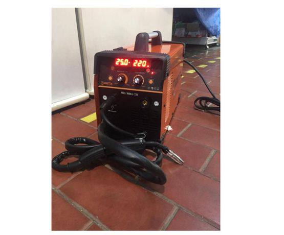 Полуавтомат для сварки в защитной среде