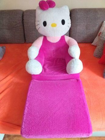Hello Kitty.Fotelik, leżanka dla dziecka