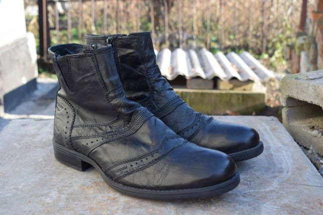 Ботинки Roberto Santi. Кожа, утепленные. Размер 41,