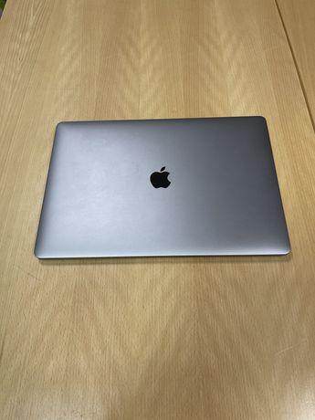 """Macbook Pro 15"""" 2016 I7 Touchbar"""