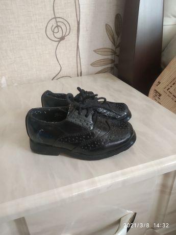 Продам туфельки для маленького джентльмена