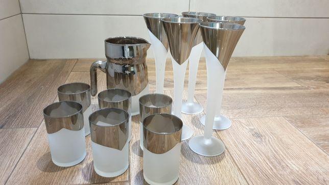 Nowoczesne matowe szko ze srebrem. Szampanówki szklanki dzbanek