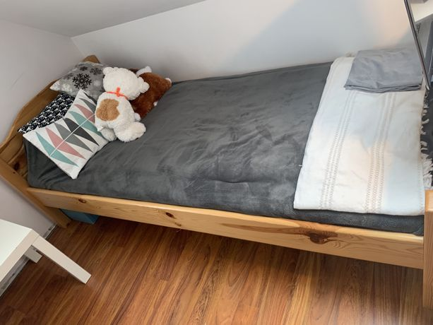 Łóżko z materacem!!