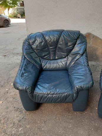 Шкіряне крісло Шкіряні дивани Кожаная мебель Гарнітур