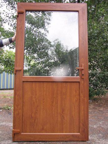 -Drzwi Złoty Dąb PCV 100x210 zewnętrzne, sklepowe