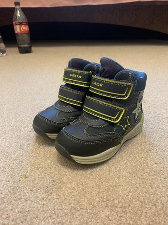 Ботинки для мальчика(Geox 26  размер, 17,4 см)
