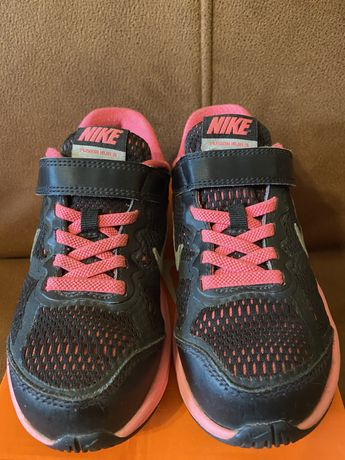 Детские кроссовки Nike 28.5 р.