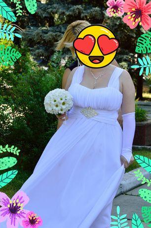 Весільна сукня для кращої дівчини.