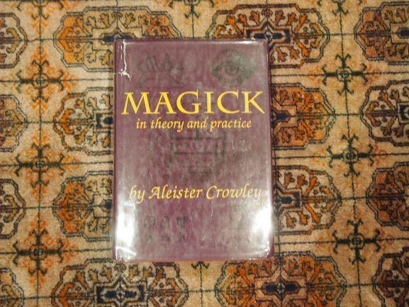 Conjunto de livros de Ocultismo/Esoterismo - Aleister Crowley...