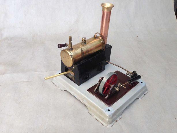 Brinquedo técnico antigo a vapor