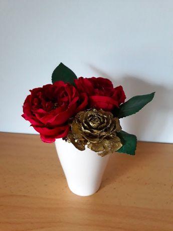 Vaso com Rosas artificiais