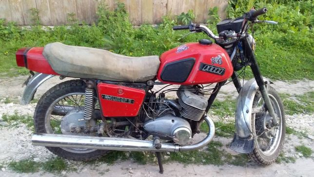 Мотоцикл їж Юпітер 5