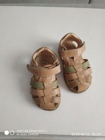 Sandałki dziecięce rozmiar 21