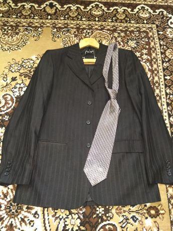 Костюм рубашка галстук для парня дёшево