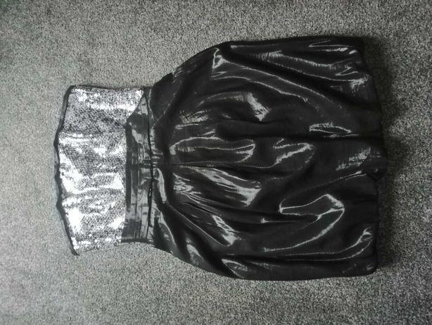 Sukienka bombka gorsetowa