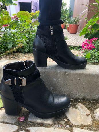 Sapato preto alto