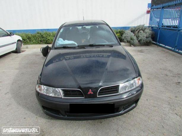 Peças Mitsubishi Carisma do ano 2000