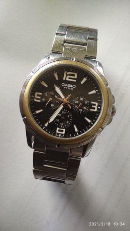 Zegarek CASIO chronograph