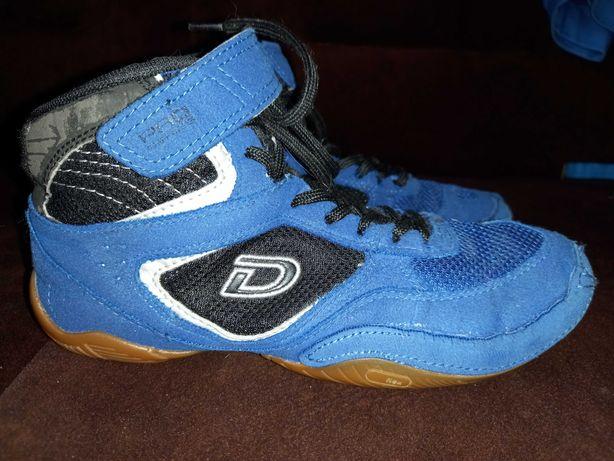 Продам борцовки Demix синие.